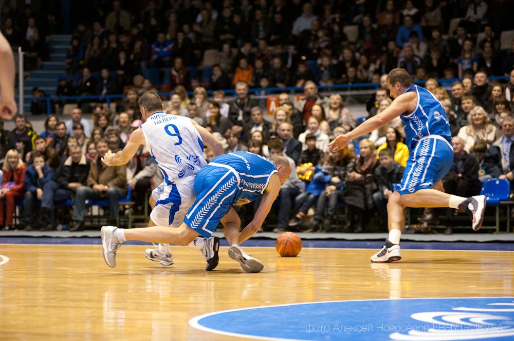 http://basketball.perm.ru/fot/2013/2013-04-07/_DSC7286%20copy.jpg